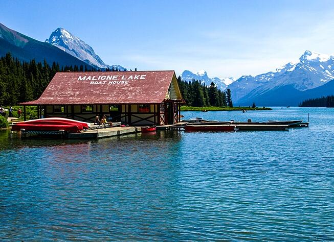 Maligne Lake with Grand American Adventures