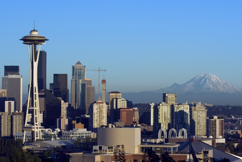 Seattle with mountain.jpg