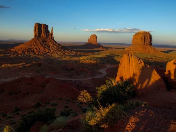 Sun going down on Monument Valley