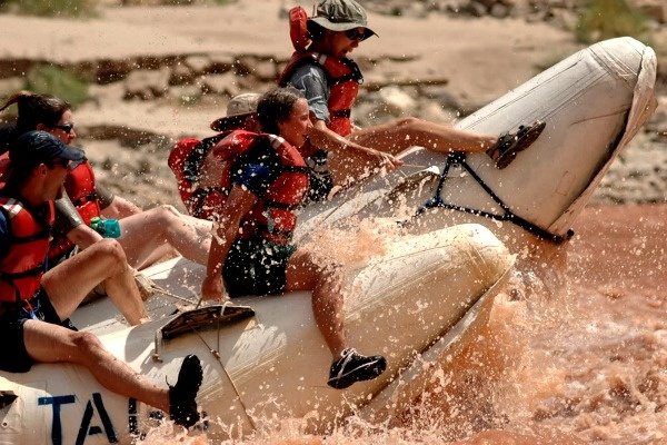 Family adventure rafting the grand canyon